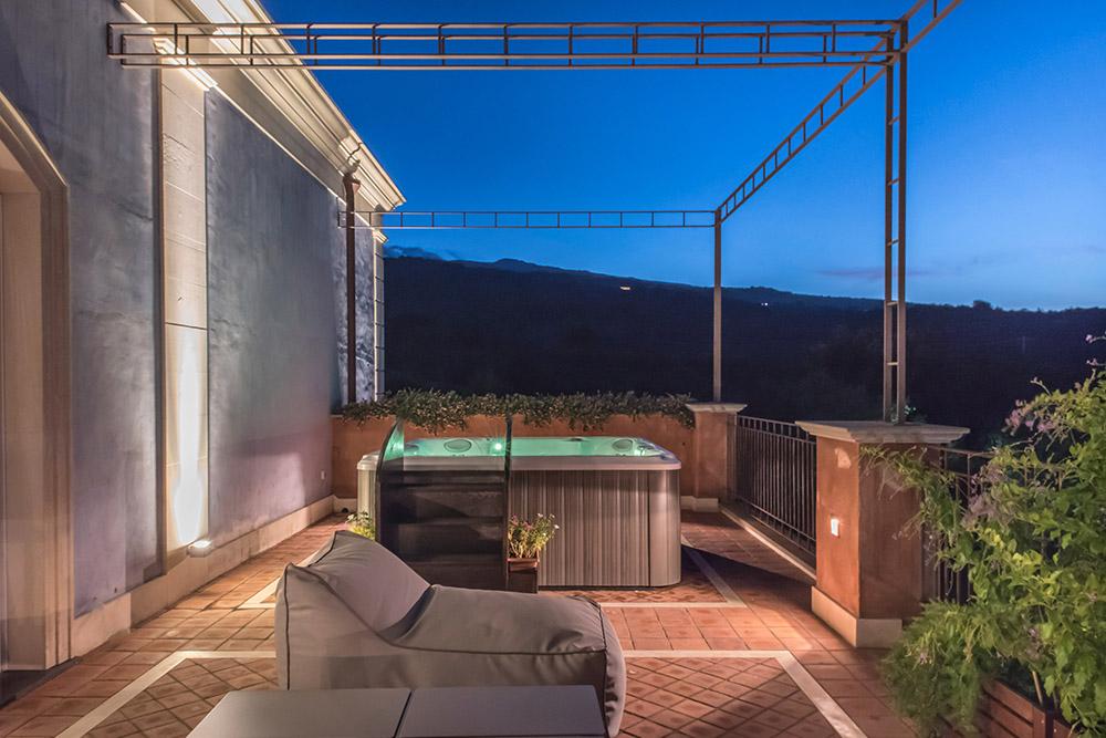 Master Suite - Villa Neri