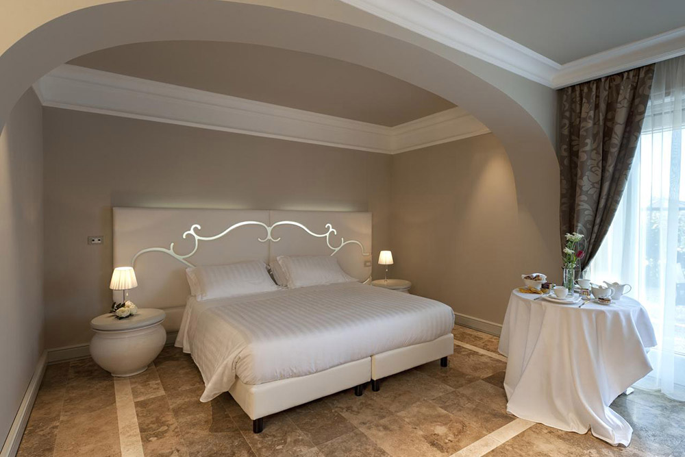 Superior Room - Villa Neri